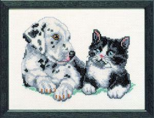Borduurpakket jonge dalmatier en een lief katje.