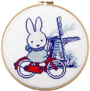 Borduurpakket Nijntje Holland op de fiets, Dick Bruna