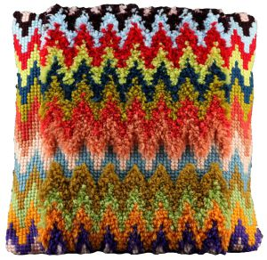 Cross stitch & latch hook cushion zigzag, printed