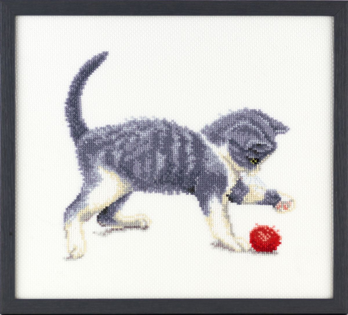 embroidery kit kitten and wool francien van westering