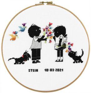 Embroidery kit love friends Jip & Janneke birthday sampler.