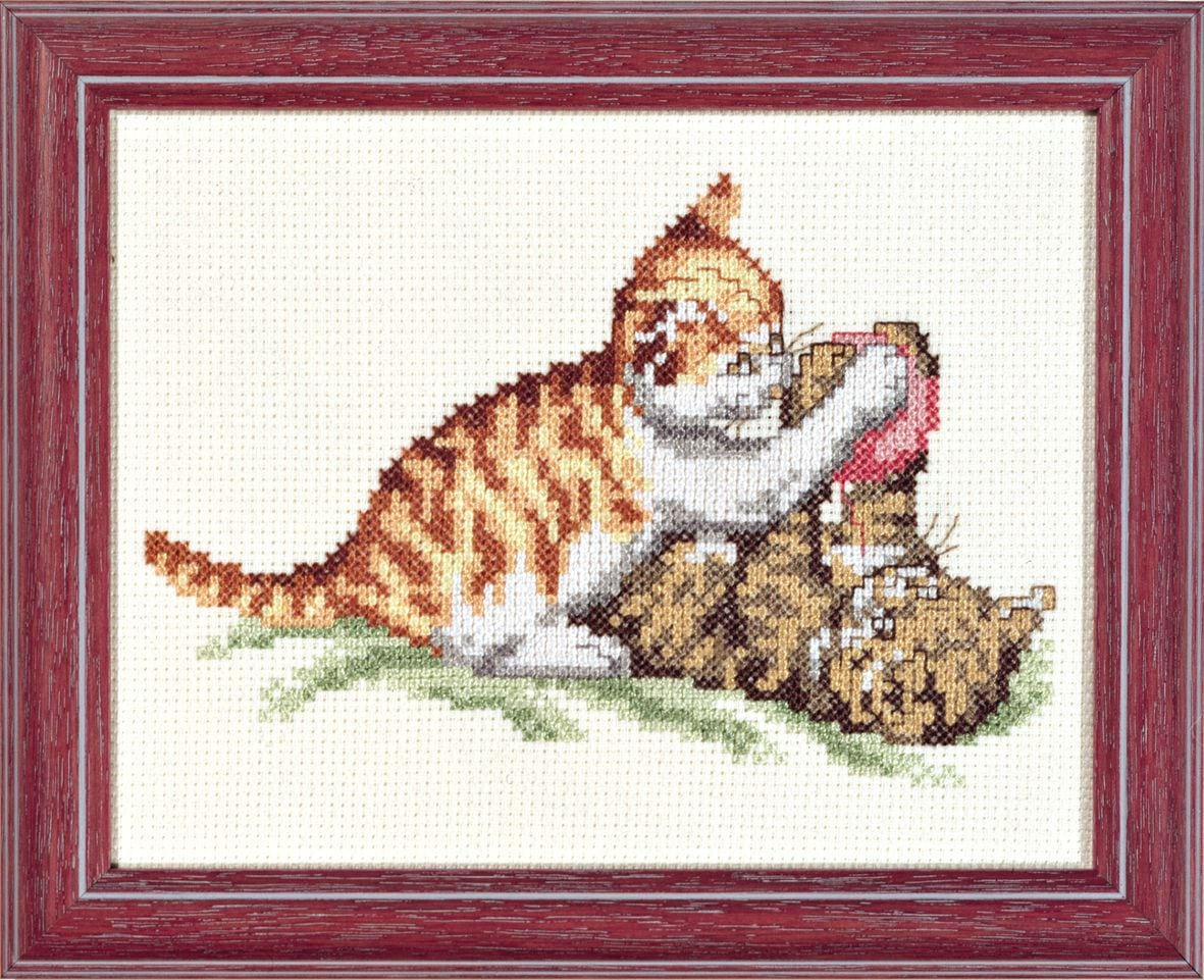 embroidery kit playing kitten with ball