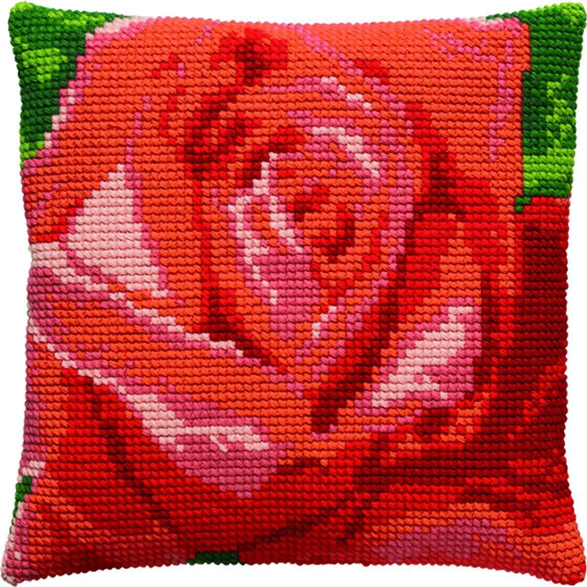 kussen prachtige rode roos borduurpakket
