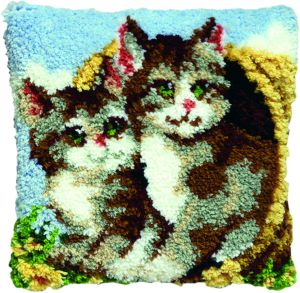Latch hook cushion kit kittens in basket